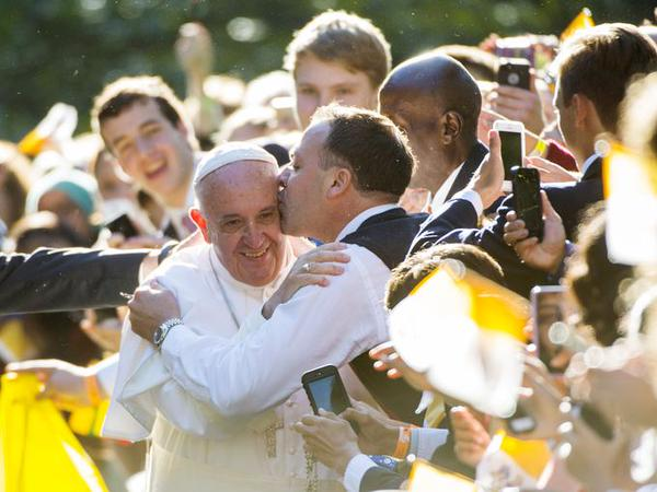Pope Kisses during Philadelphia Visit
