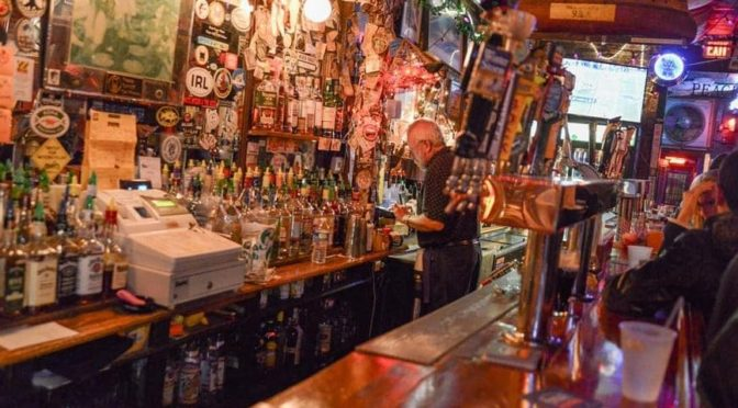 Top 10 Dive Bars in Philly